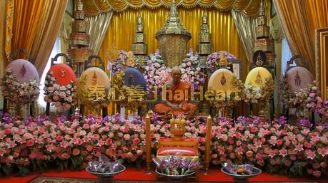 wat-phikun-thong-luang-pho-pae-2-15-.jpg